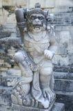 bali indonesia skulpturtempel Arkivbilder