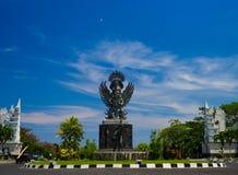 BALI, INDONESIEN - 11. MÄRZ 2017: Entsteinte Skulpturdämonstatue, stellen den Hinduismus dar Stockfotos