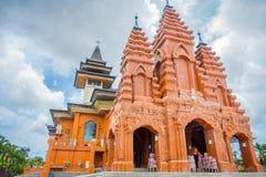 BALI, INDONESIEN - 8. MÄRZ 2017: Externe Ansicht des Katedral Roh Kudus, katholische Kirche, herein gelegen in Denpasar Lizenzfreie Stockbilder