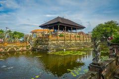 BALI, INDONESIEN - 8. MÄRZ 2017: Szenen von Hinduist-Hölle von Ramayana auf Royal Palace, Ramayana ist hindische Epose, Basis Stockbilder
