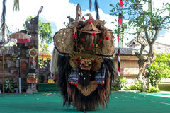 BALI INDONEZJA, MAJ, - 5, 2017: Barong taniec na Bali, Indonezja Barong jest religijnym tanem w Bali opierał się na wielkim Obrazy Royalty Free