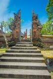 BALI INDONEZJA, MARZEC, - 05, 2017: Brama Pura Ulun Danu Bratan świątynia na Bali wyspie, Indonezja Fotografia Royalty Free