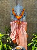 BALI INDONEZJA, MARZEC, - 11, 2017: Hinduska balijczyk świątynia z statuy lub kamienia rzeźbą Ganesha słonia bóg Zdjęcie Royalty Free