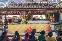 BALI INDONEZJA, PAŹDZIERNIK, - 23, 2017: Ślubna ceremonia, balijczyka ślub Fotografia Royalty Free