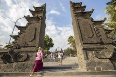 Bali, około Wrzesień 2015: Tanah udziału świątynia znacząco ind świątynia Bali, Indonezja Zdjęcia Stock