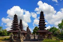 Bali tempel på bakgrund för blå himmel Royaltyfri Fotografi