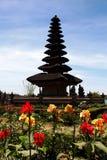 Bali - templo da água - Pura Ulun Danu Bratan fotos de stock