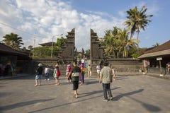 Bali, vers en septembre 2015 : Le temple de sort de Tanah, le temple d'indu le plus important de Bali, Indonésie Images libres de droits