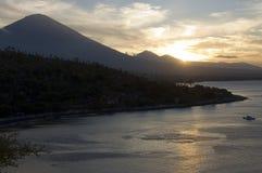 Bali wulkan i zmierzch, Bali wyspa Zdjęcie Royalty Free