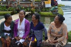 Balijczyk kobiety w Ulun Danu Bali Zdjęcia Stock