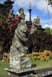 Balinees standbeeld in Pura Besakih royalty-vrije stock foto