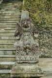 Balinees steenbeeldhouwwerk in de Tempel van Tirta Empul Stock Fotografie