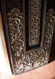 balinese детализирует древесину двери Стоковые Изображения RF