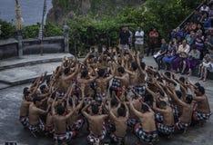 Balinese Kecak Tanz am Uluwatu Tempel, Bali Lizenzfreie Stockfotografie
