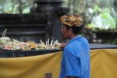 Balinese Prayer in Ulun Danu Temple Royalty Free Stock Photography