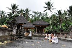 Balinese praying at tampaksiring temple. Near ubud bali Stock Photography
