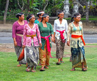 BALINESE WOMEN AT CEREMONY Royalty Free Stock Photos