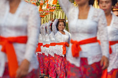 Balinese women with religious offering Royalty Free Stock Image