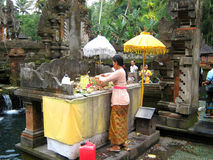 Balinese worshipping god in Bali indonesia Royalty Free Stock Photos