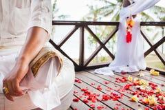 Balinesebröllopceremoni Arkivfoton
