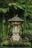 Balineserelikskrin i den Gunung Kawi Sebatu templet Arkivbild
