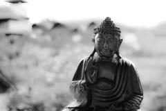 Balineseskulptur, liten Buddha arkivfoto