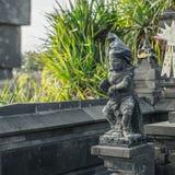 Balinesestaty i den Tanah lotten Royaltyfri Fotografi