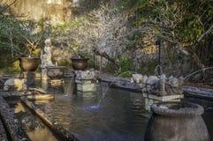 Balinesewasserpalast bei Garuda Wisnu Kencana Park, Bali, Indonesien Stockbild