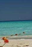 Balises sur la plage Photo stock