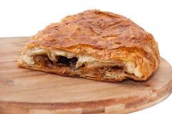Balkan-burek mit Fleisch und Käse lizenzfreie stockfotos