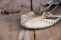 Balkans traditionella skor för att dansa folklore Royaltyfri Foto