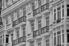 Balkon an der europäischen Stadt Stockbilder