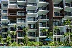 Balkon des Wohngebäudes in der Stadt Lizenzfreie Stockbilder
