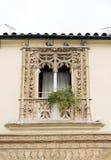 Balkon eines alten Hauses Lizenzfreies Stockfoto