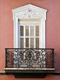 Balkon eines Hauses in Sevilla Lizenzfreie Stockfotos