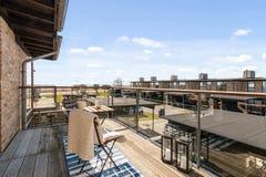 Balkon mit einer Ansicht Stockfotos