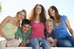balkon pięć uśmiecha się ludzi Obraz Royalty Free