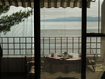 Balkon und Ansicht nach Inseln in Kroatien Lizenzfreies Stockfoto