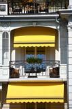 Balkon van een luxehotel stock fotografie