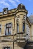 Balkon van een oud huis Royalty-vrije Stock Afbeeldingen