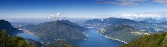 Balkon Włochy - panorama Jeziorny Lugano Zdjęcia Stock