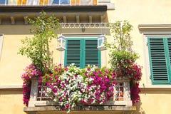 Balkon z kwiatami obraz royalty free