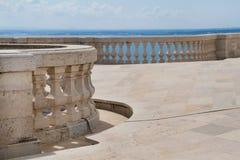 Balkon z niebieskim niebem Obrazy Royalty Free