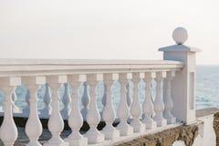 Balkonansicht über das Meer Lizenzfreies Stockbild