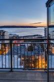 Balkondeuropening aan Seattle Van de binnenstad bij Zonsondergang Stock Fotografie