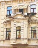 Balkong av den gammala byggnaden Royaltyfria Bilder