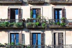 Balkong av den gammala byggnaden Royaltyfria Foton