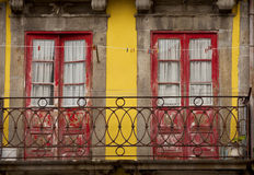 Balkong i Porto Royaltyfri Bild