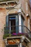 Balkong i Venedig Royaltyfri Foto