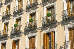 Balkong Madrid arkivbild